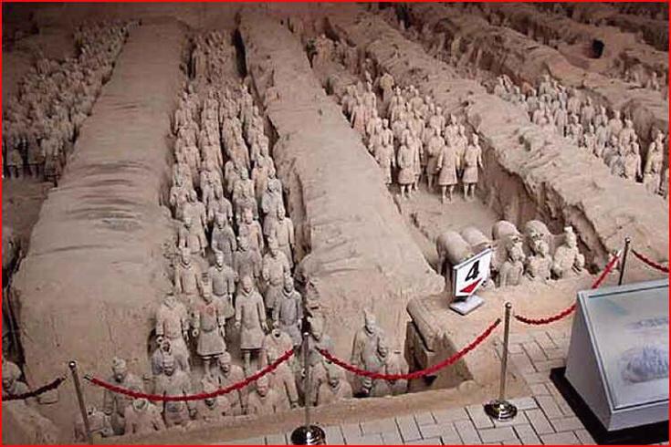 Hrobka s hliněnými vojáky