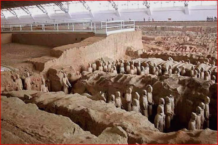 Hrobka s hliněnými vojáky 3